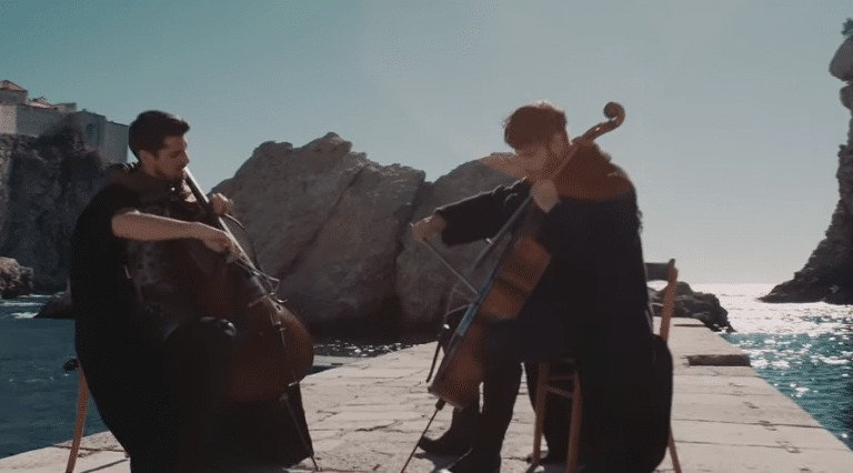 2CELLOS play the Game Of Thrones theme in King's Landing