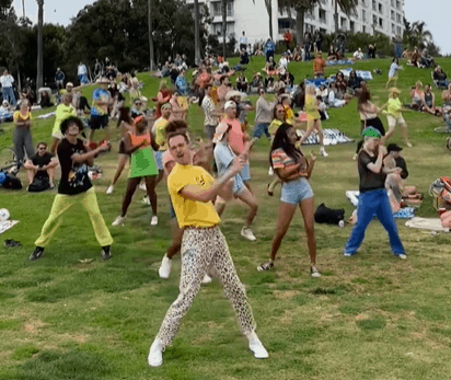 Bob's Dance Shop brings back the Flash Mob with the Flash Bob